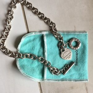 Tiffany & Co. toggle necklace